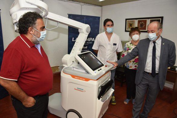 """Destinan moderno equipo móvil de Rayos X al Hospital """"Padre Buodo"""""""